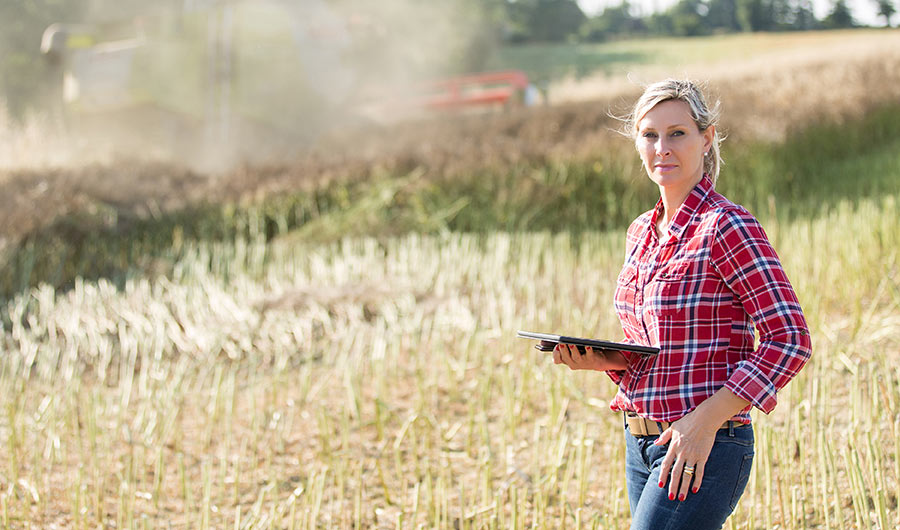 simply-learn-agriculture-lady