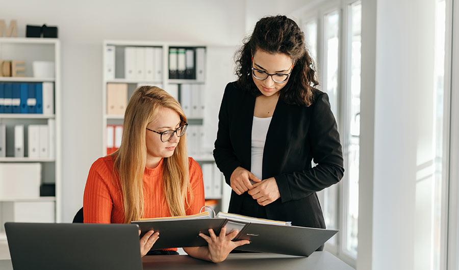 simply-learn-bookkeeping-folder